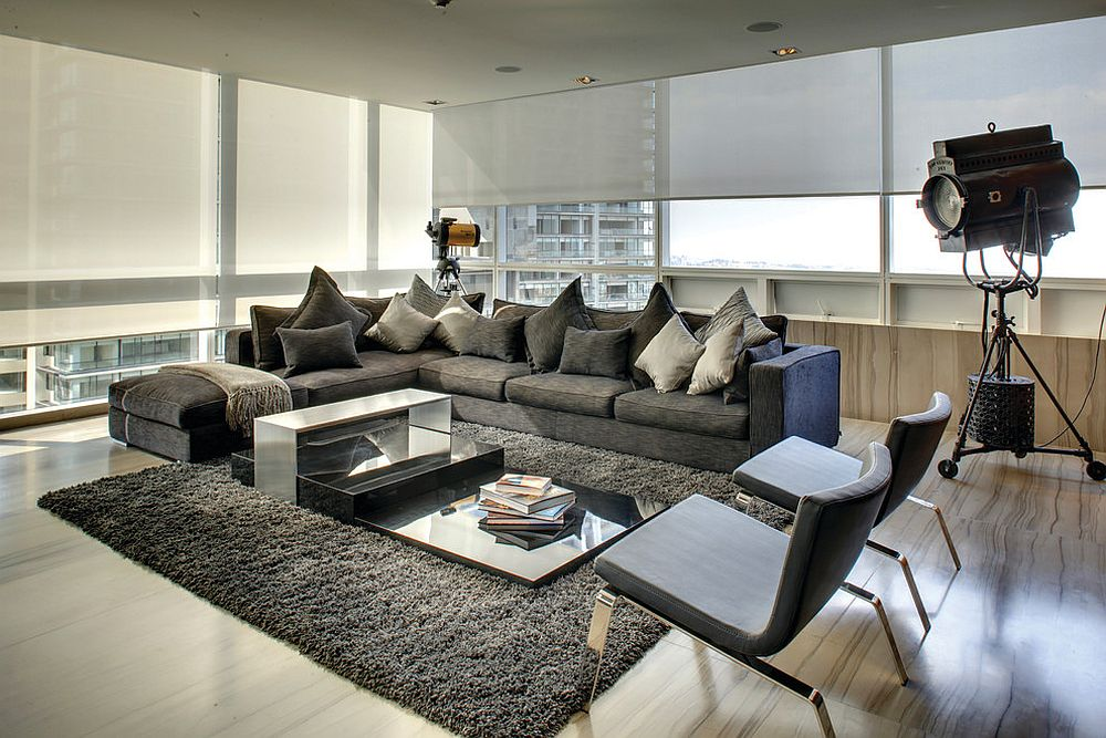 High-tech, minimal living room with cutting-edge technology and stunning décor [Design: Control4]