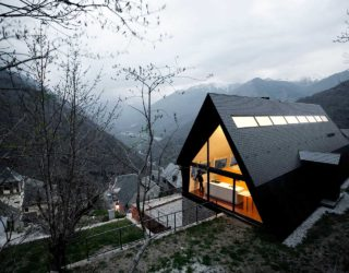 Back in Vogue: 10 Homes with Steeply-Pitched Roofs