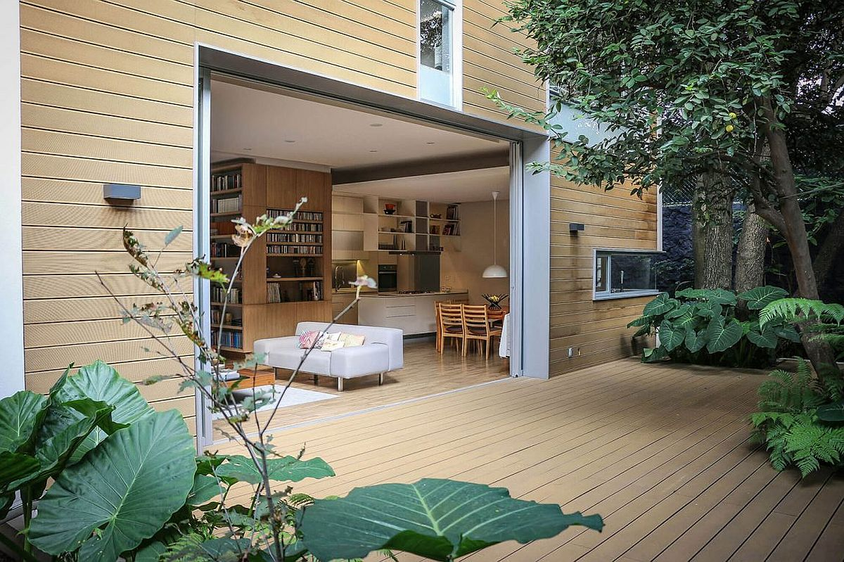 Large opening turns the living room into an extended outdoor living