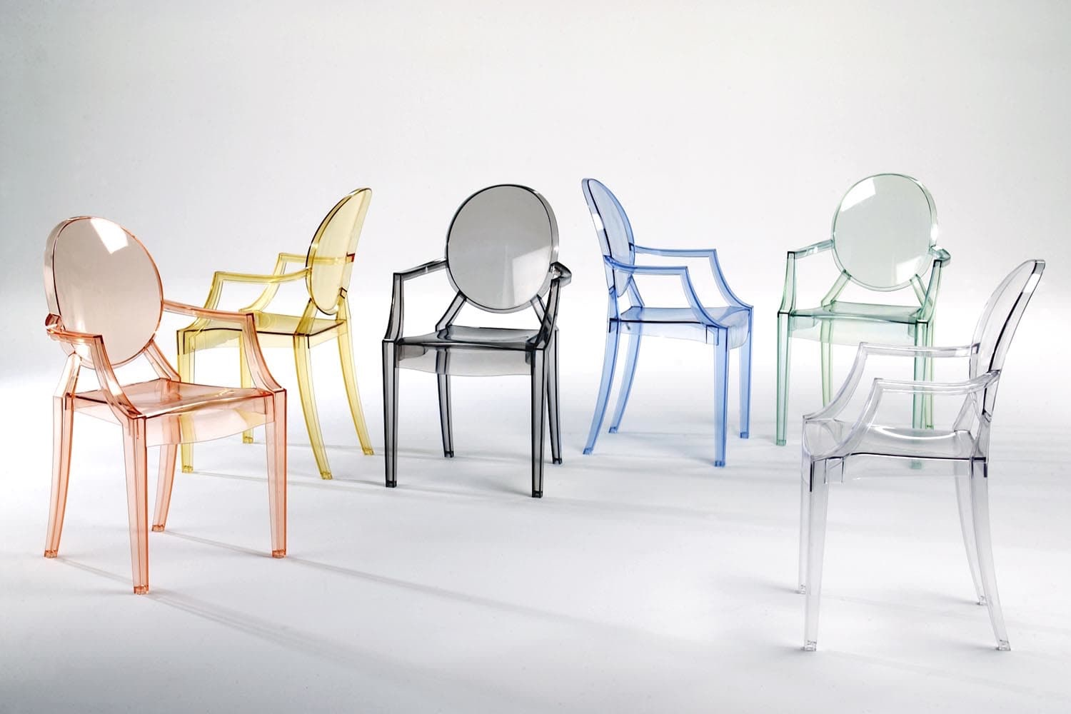 Broom chair for emeco in 2012 to showcase the properties of a new wood - View In Gallery Louis Ghost Chair Image Courtesy Of Kartell