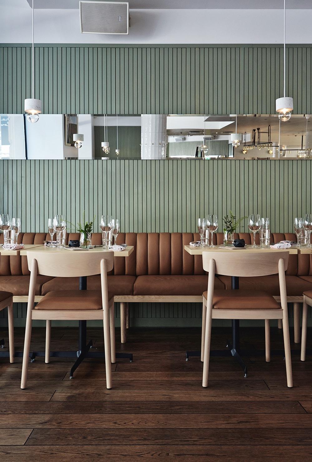 Restaurant Michel, Helsinki.Leather: Viking innougat.