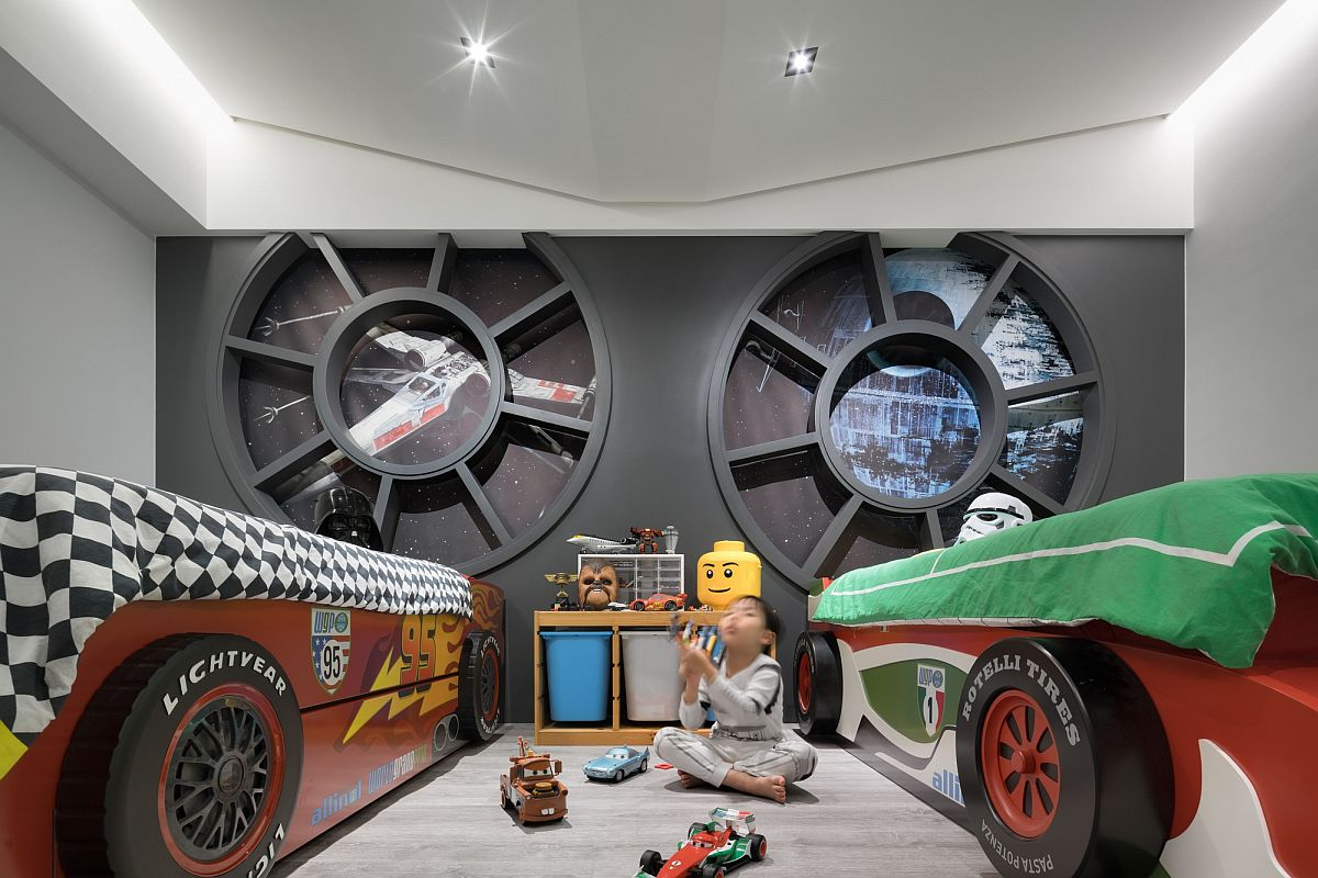 Millennium Falcon driver cabin style design on the kids' room wall