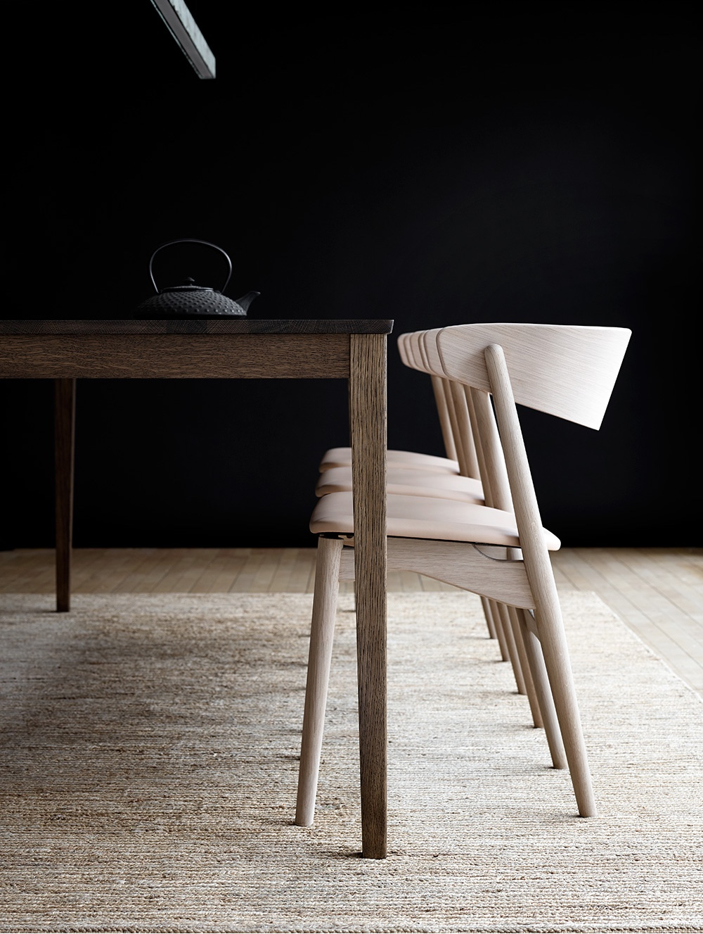 Sibast No 7 by Helge Sibast for Sibast Furniture. Leather: Senegal in honey.