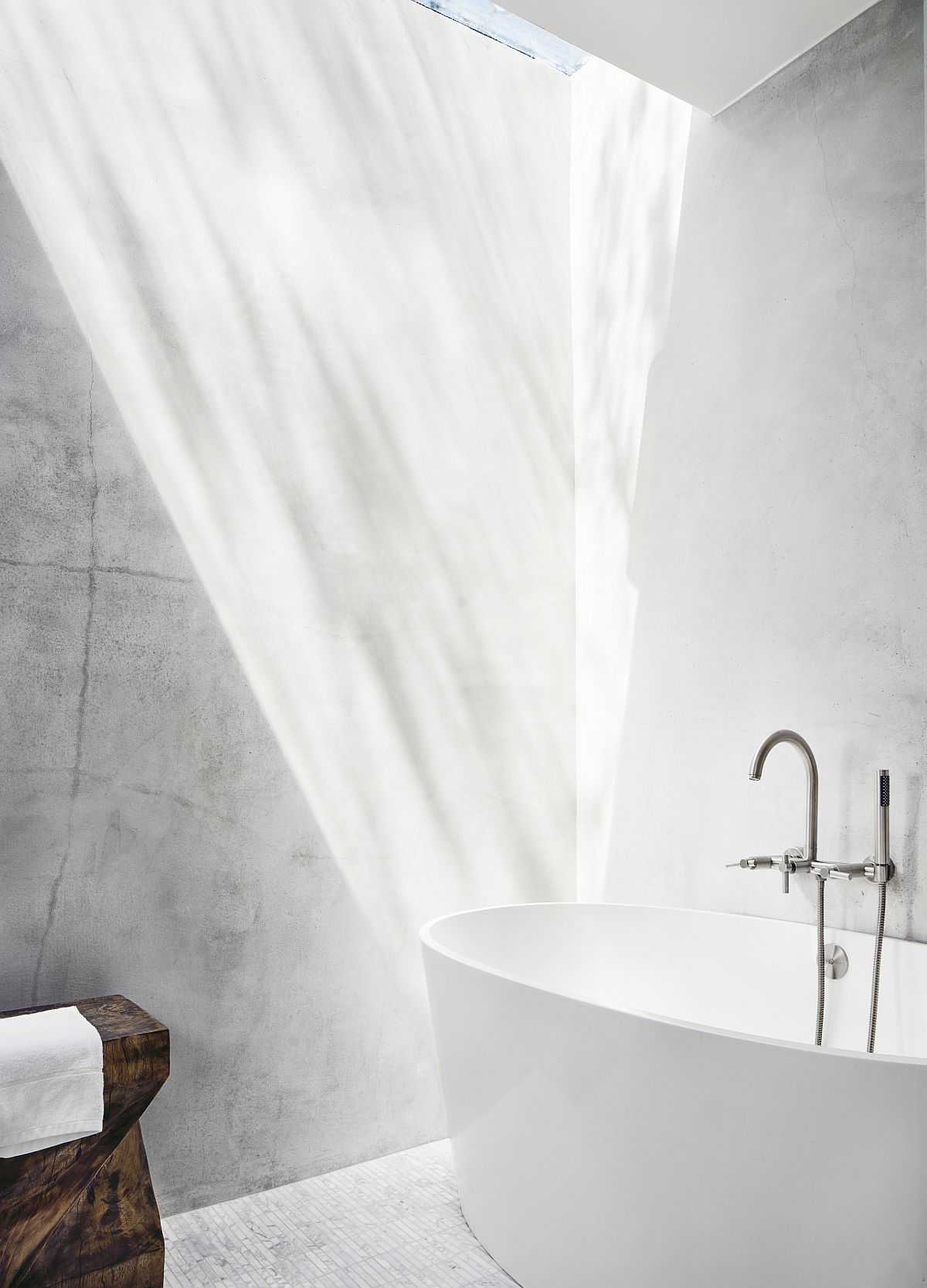Skylight for the contemporary bathroom in white with standalone bathtub
