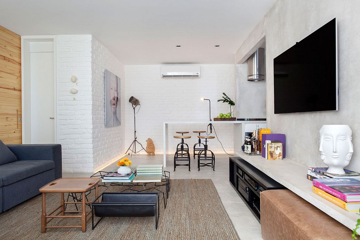 Small living room of the Brazilian apartment with modern decor