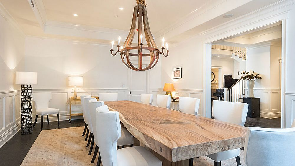 Smart transitional dining room in white [Design: Meridith Baer Home]