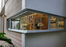 Smart-use-of-corner-window-opens-the-living-room-to-the-yard-outside-217x155
