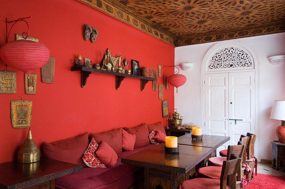 Stunning Moroccan dining room is a showstopper! [From: Riad La Terrasse des Oliviers – Marrakech]