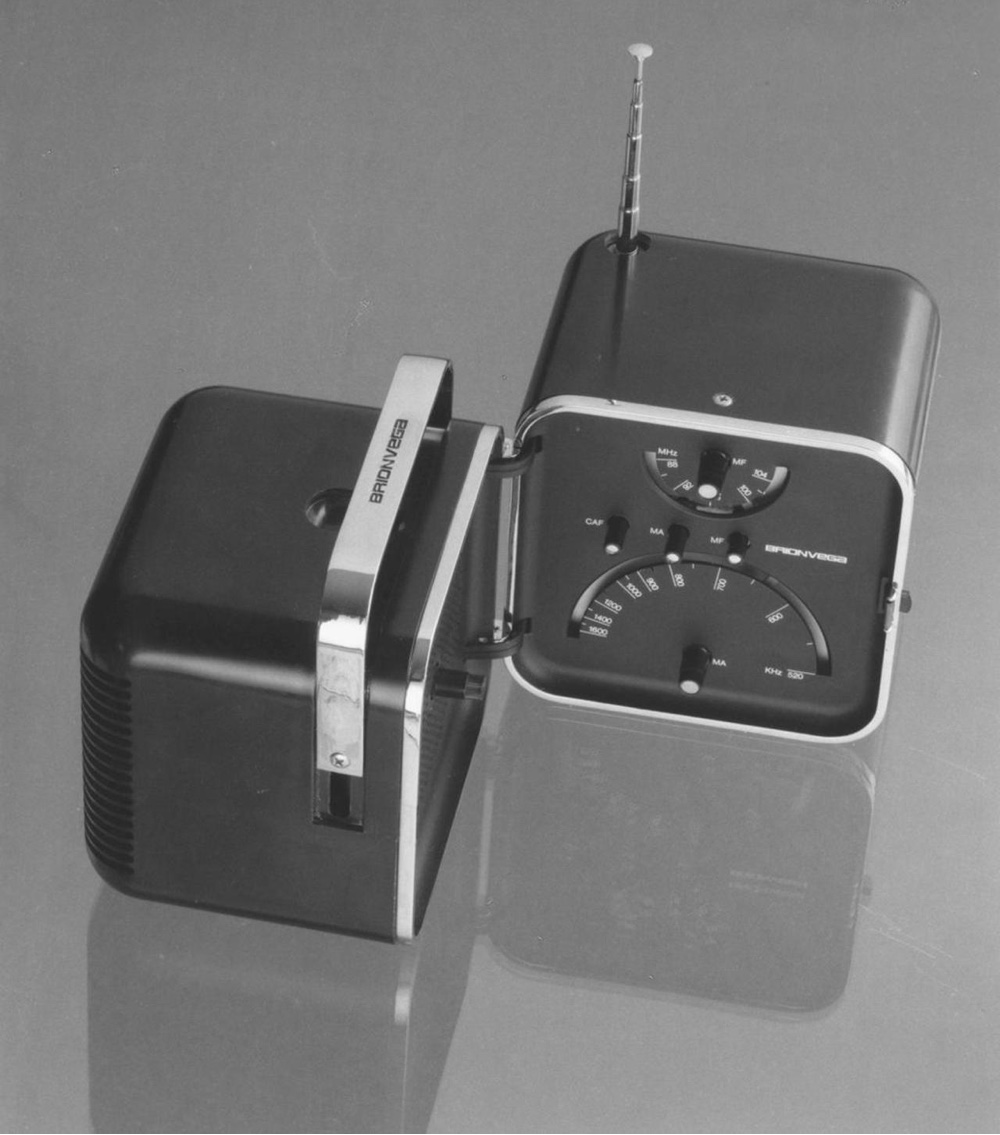 The TS502 radio (1963) for Brionvega. Image courtesy of Richard Sapper.