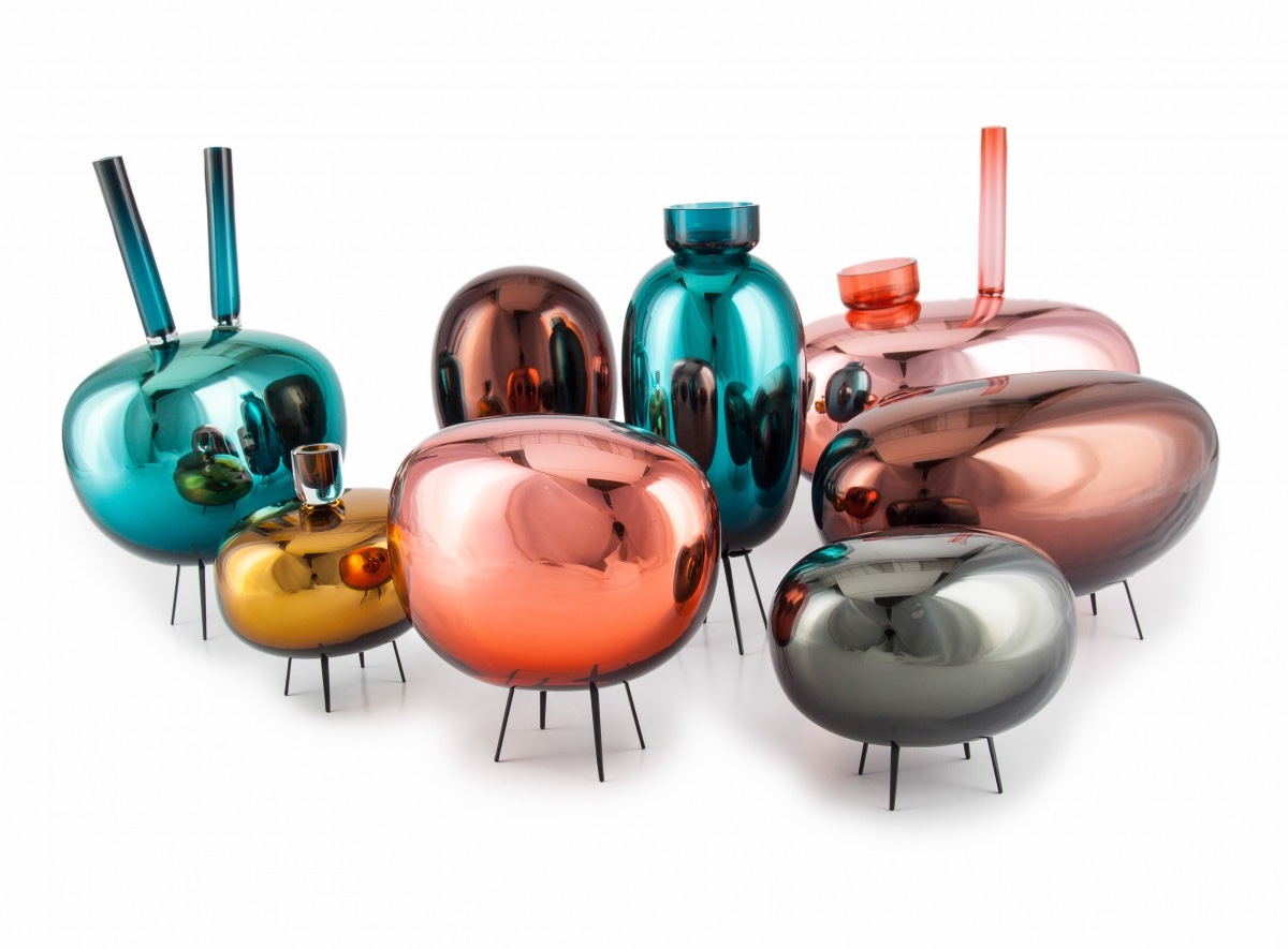 Vetroidi for Prague-based glassware company Verreum. This small and rather charming group of quirky extraterrestrial-style objects perform a multitude of functions. Made from mouth-blown glass with steel legs.