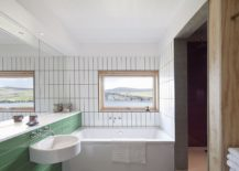 White and green bathroom idea