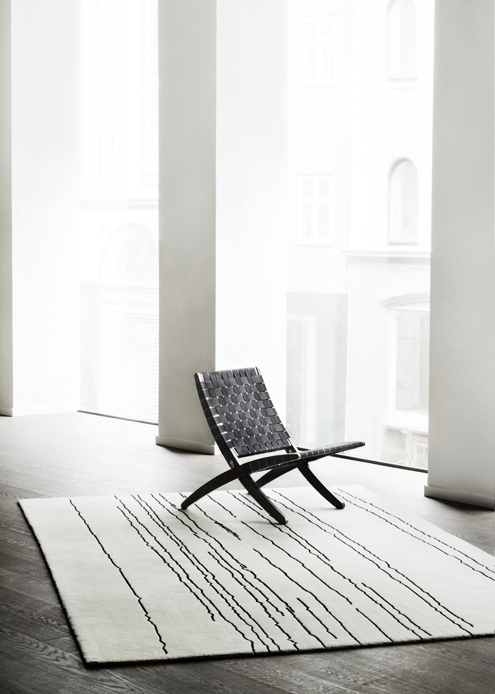 Woodlines rug designed by artist Naja Utzon Popov for Carl Hansen & Søn. Image courtesy ofCarl Hansen & Søn.