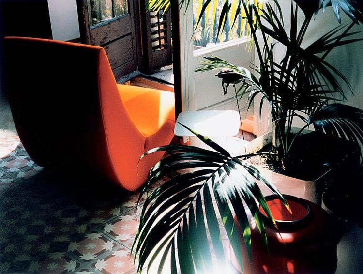 Amoebe chair. Image via The Lollipop Shoppe.
