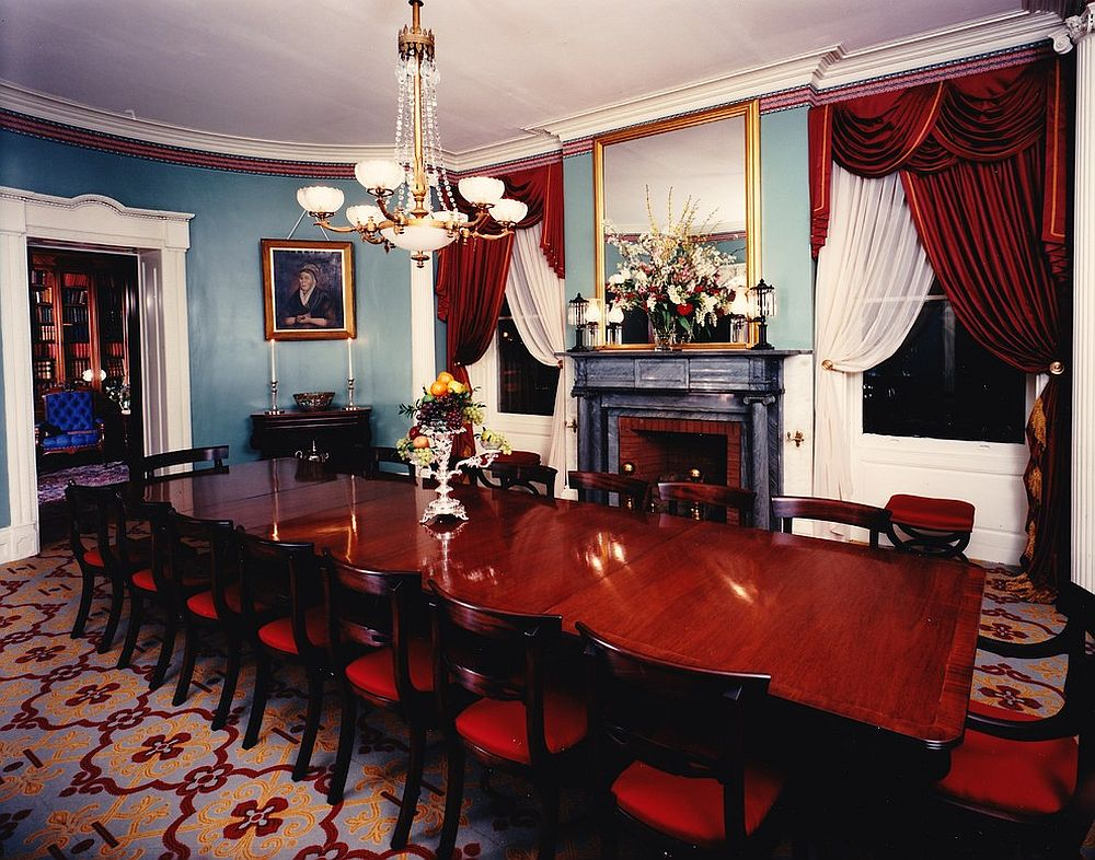 ... An Air Of Historic Elegance And Tradition Prevails In This Victorian  Dining Room [Design: