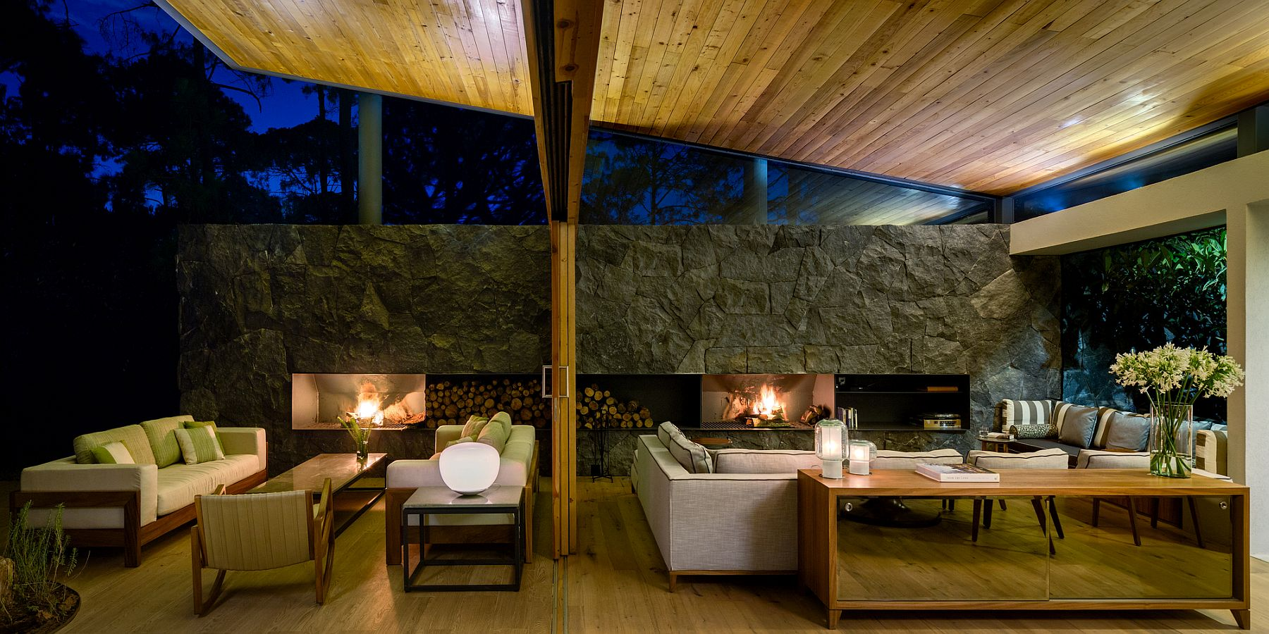 Breezy design of flowing indoor and outdoor spaces at the Five Houses