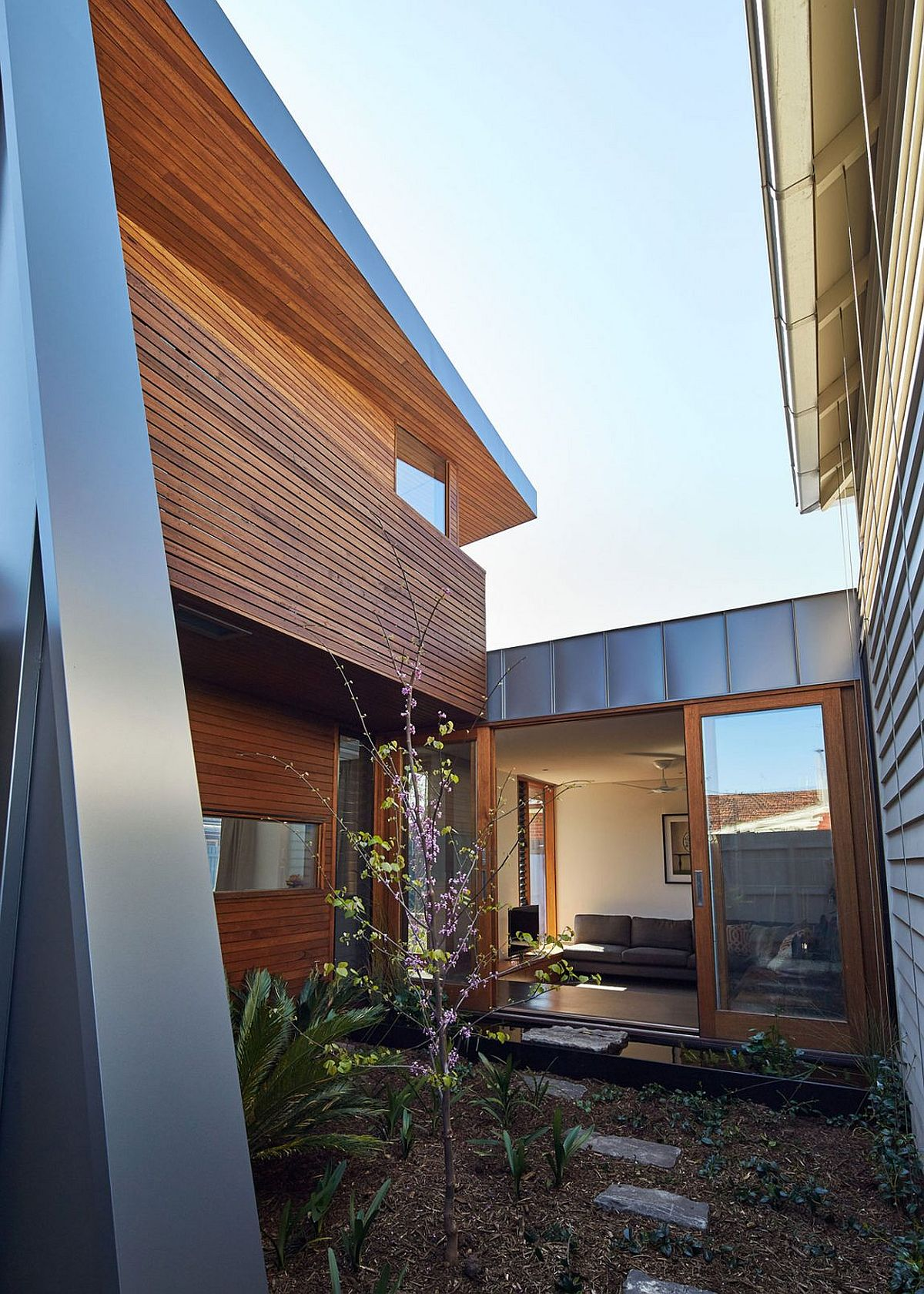 Central green courtyard of the Yarraville Garden House