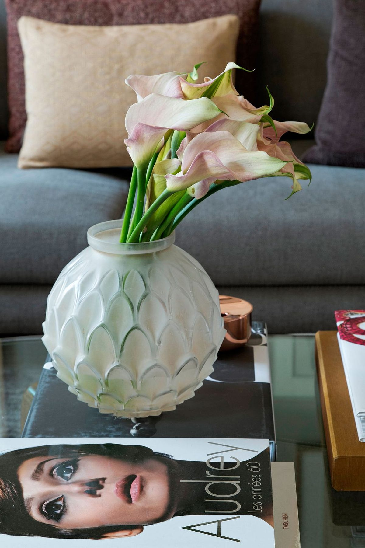 Chic decorating ideas that help bring home the Parisian vibe