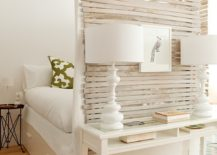 Craft your own room divider by taking the help of foot of your bed 217x155 15 Creative Room Dividers for the Space Savvy and Trendy Bedroom