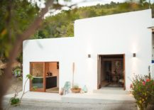 Exquisite Ibiza home offers a serene and stylish getaway 217x155 Unwinding in Ibiza: Serene and Stylish Escape Bridges Contrasting Eras
