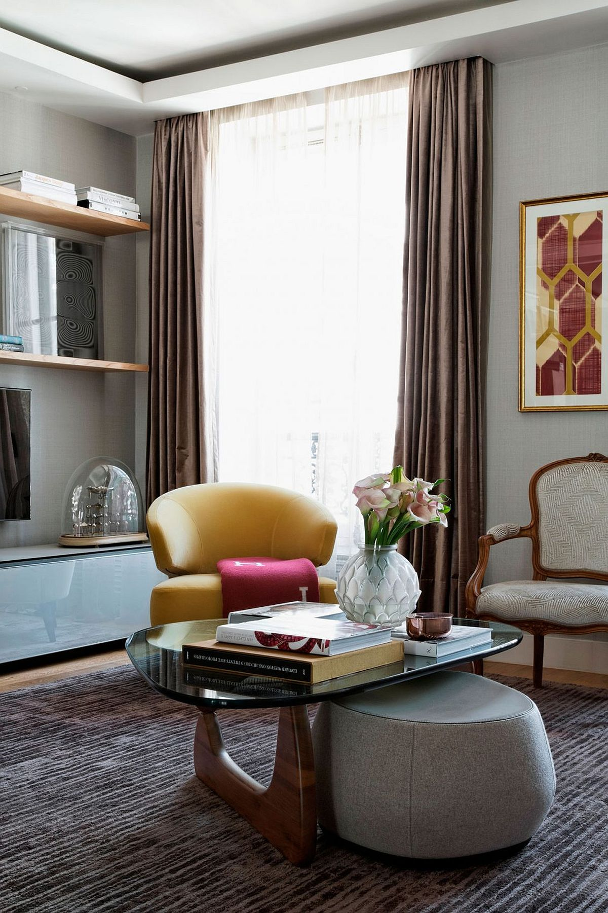 Gorgeous chair in yellow for the living room