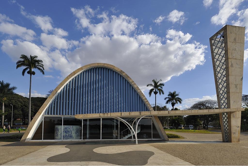 7231fe1c261681 Oscar Niemeyer  King of the Curve