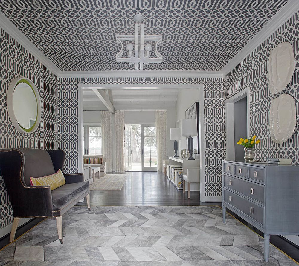 Imperial Trellis wallpaper for the entryway [Design: Rethink Design Studio]