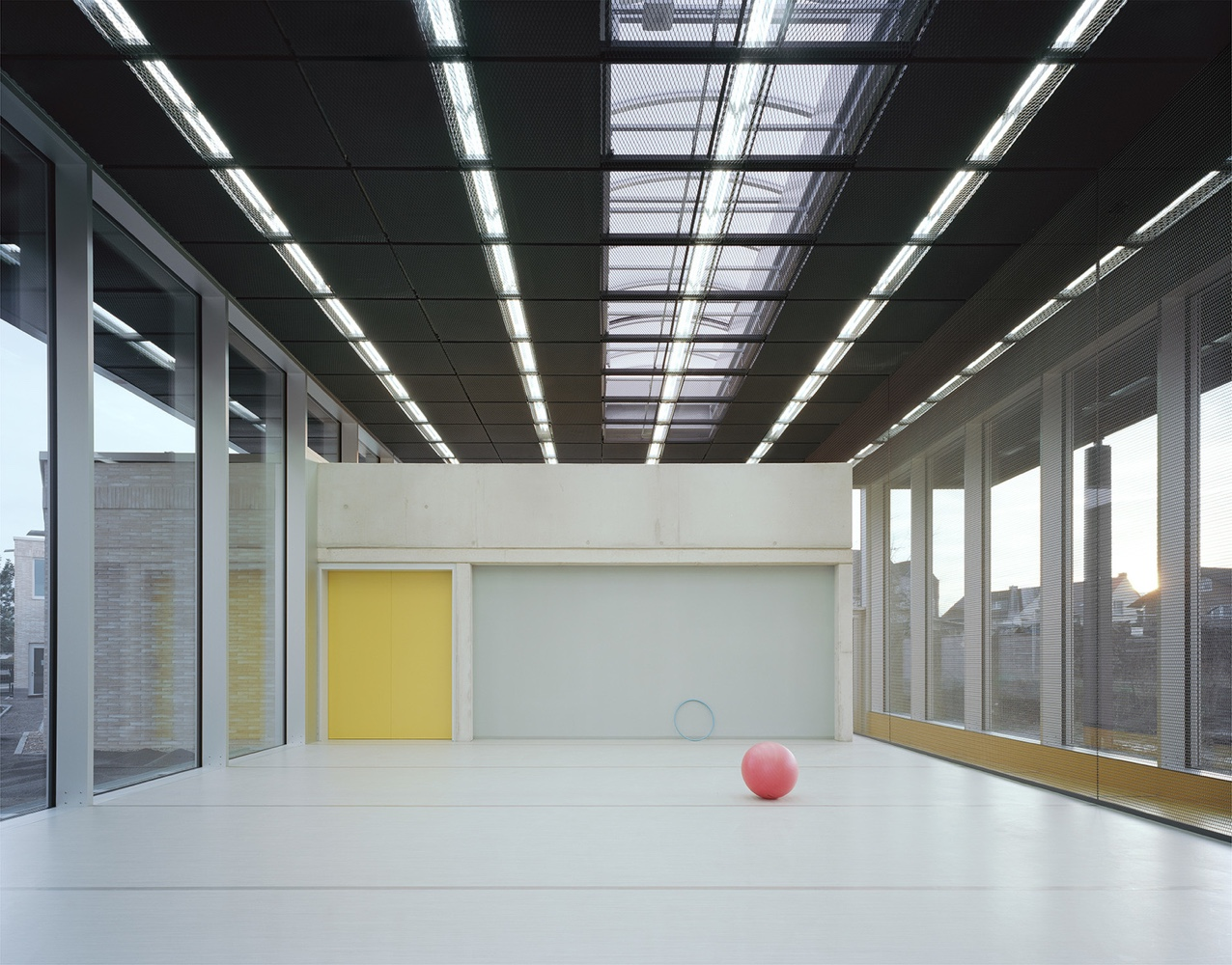 Interior space at Kindergarten Kunterbunt. Designed by Ecker Architected, it is located in the German town of Babenhausen.
