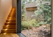 Large glass window brings in ample natural ventilation