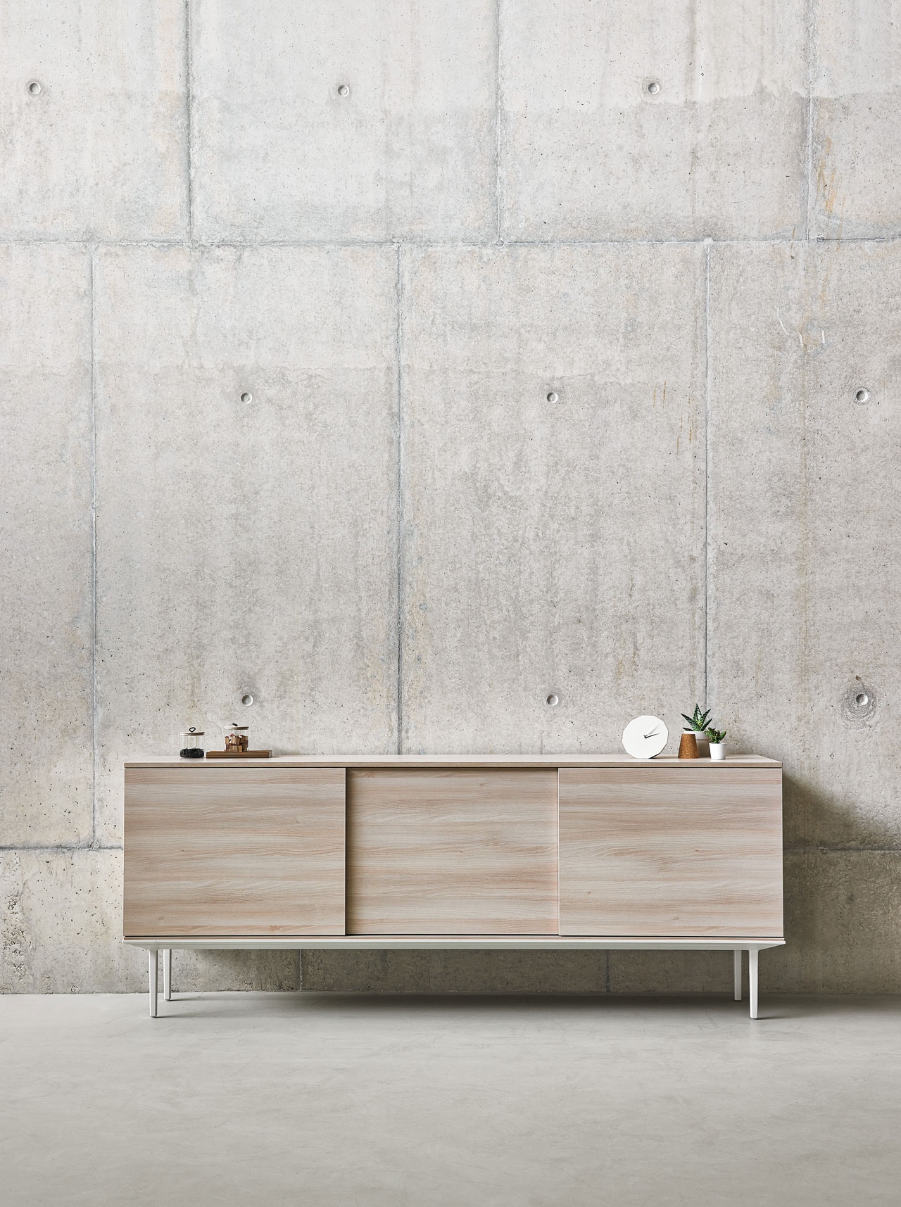 Longo is a contemporary storage solution by designers Ramos & Bassols.