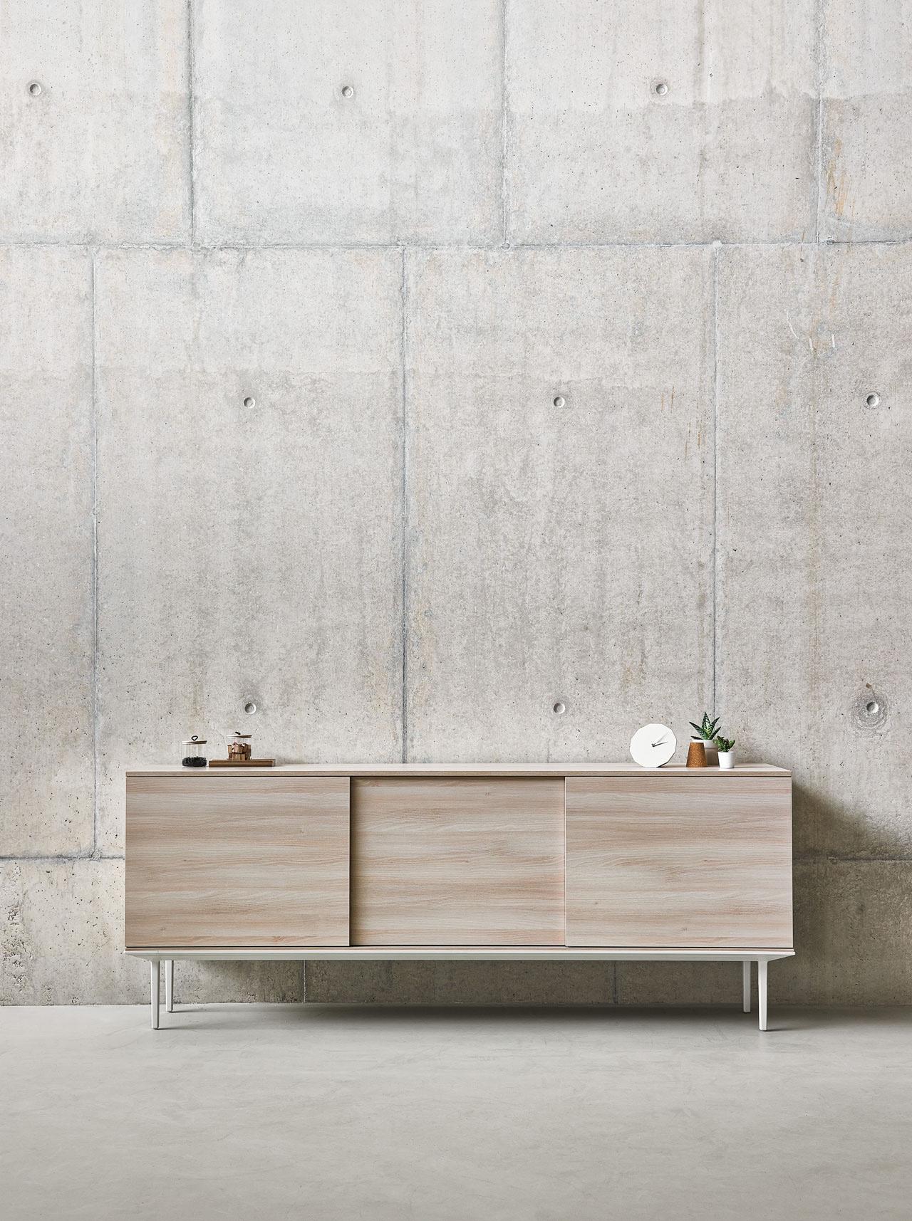 Longo is a contemporary storage solution by designers Ramos & Bassols.