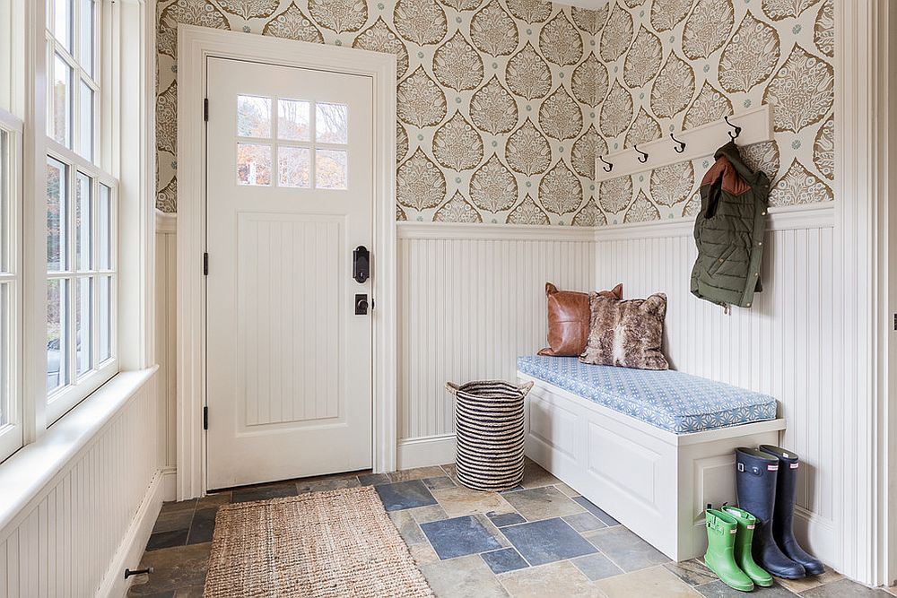 Entry Foyer Wallpaper : Gorgeous entryways clad in wallpaper