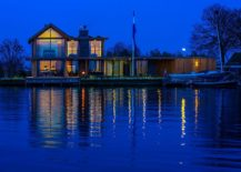 Luxurious contemporary villa in Hollad on the edge of the Kaag River System