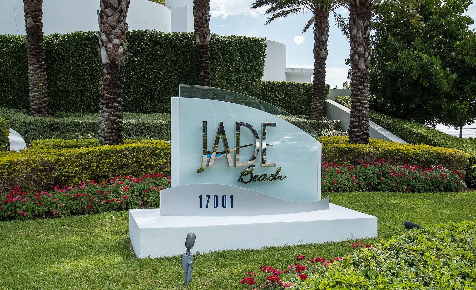 Luxury modern condos at Jade Beach, Florida