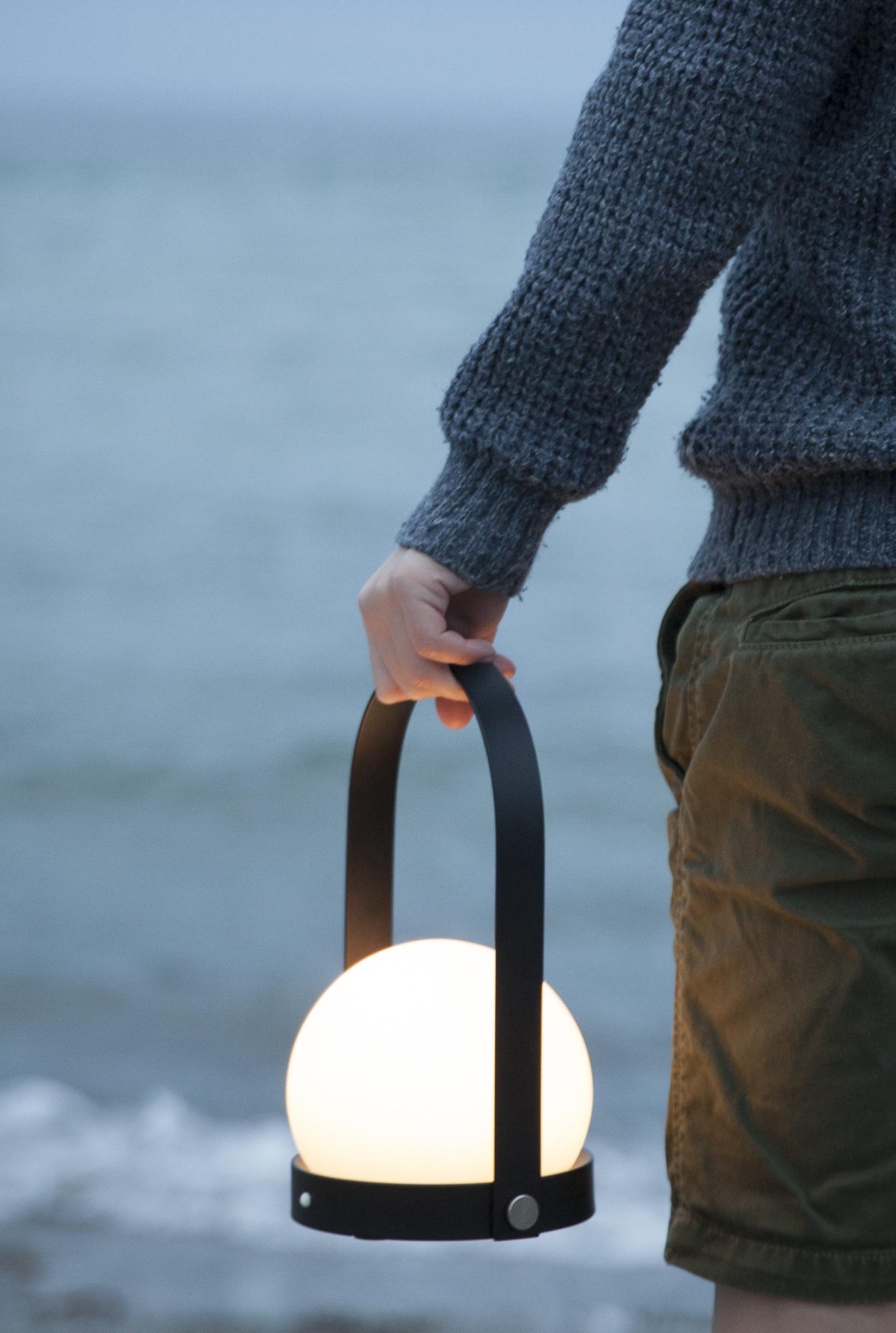 Carrie lamp for Menu.