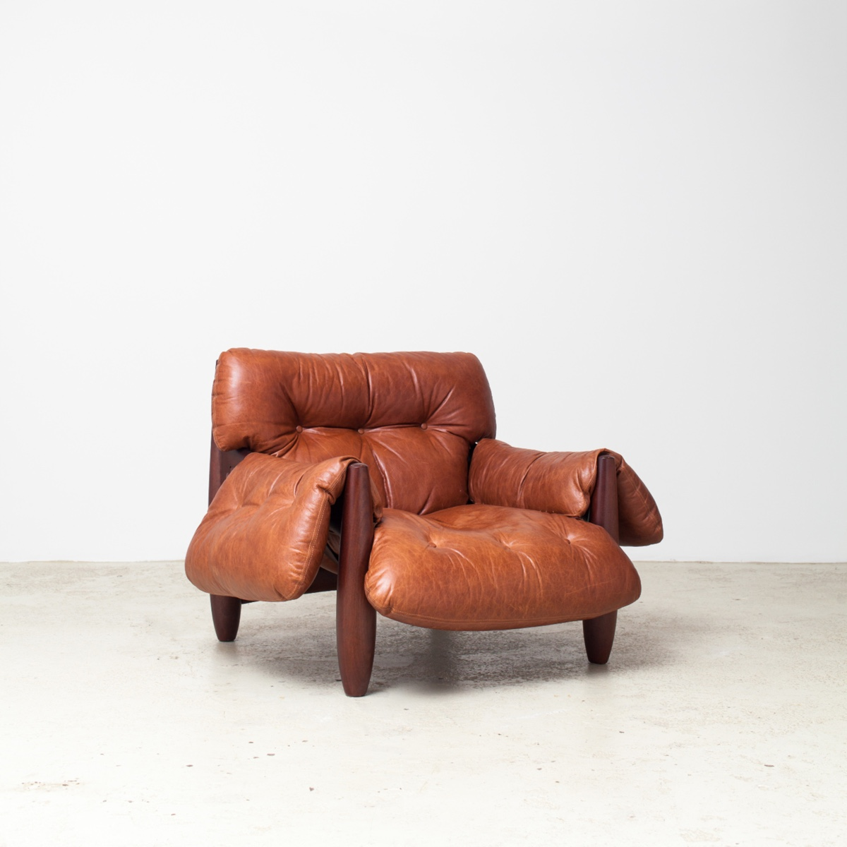 The 1961 Mole armchair by Sergio Rodrigues is considered his most iconic piece.