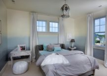 Ombre wall in shades of blue