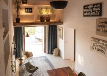 Original sabina beams add beauty to the open interior