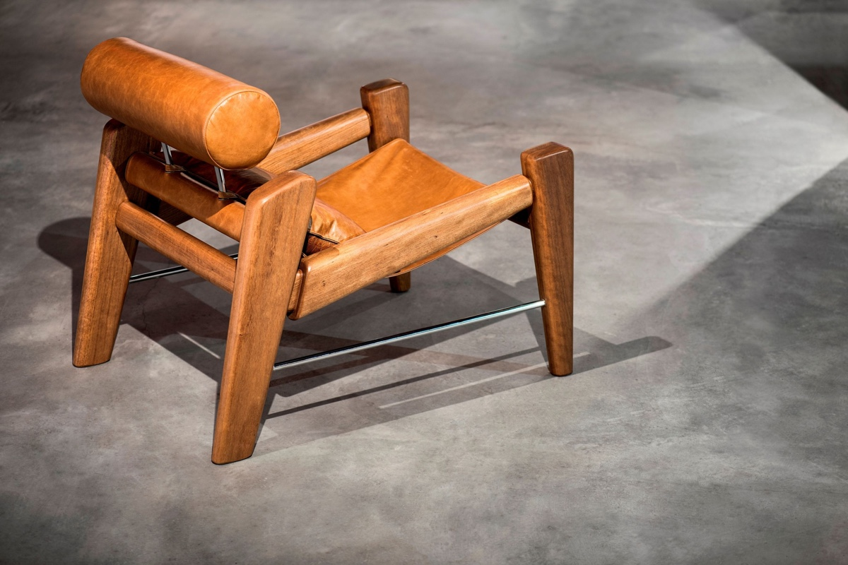 TheSerfa armchair byZanini de Zanine is a handsome tribute toSergio Rodrigues.