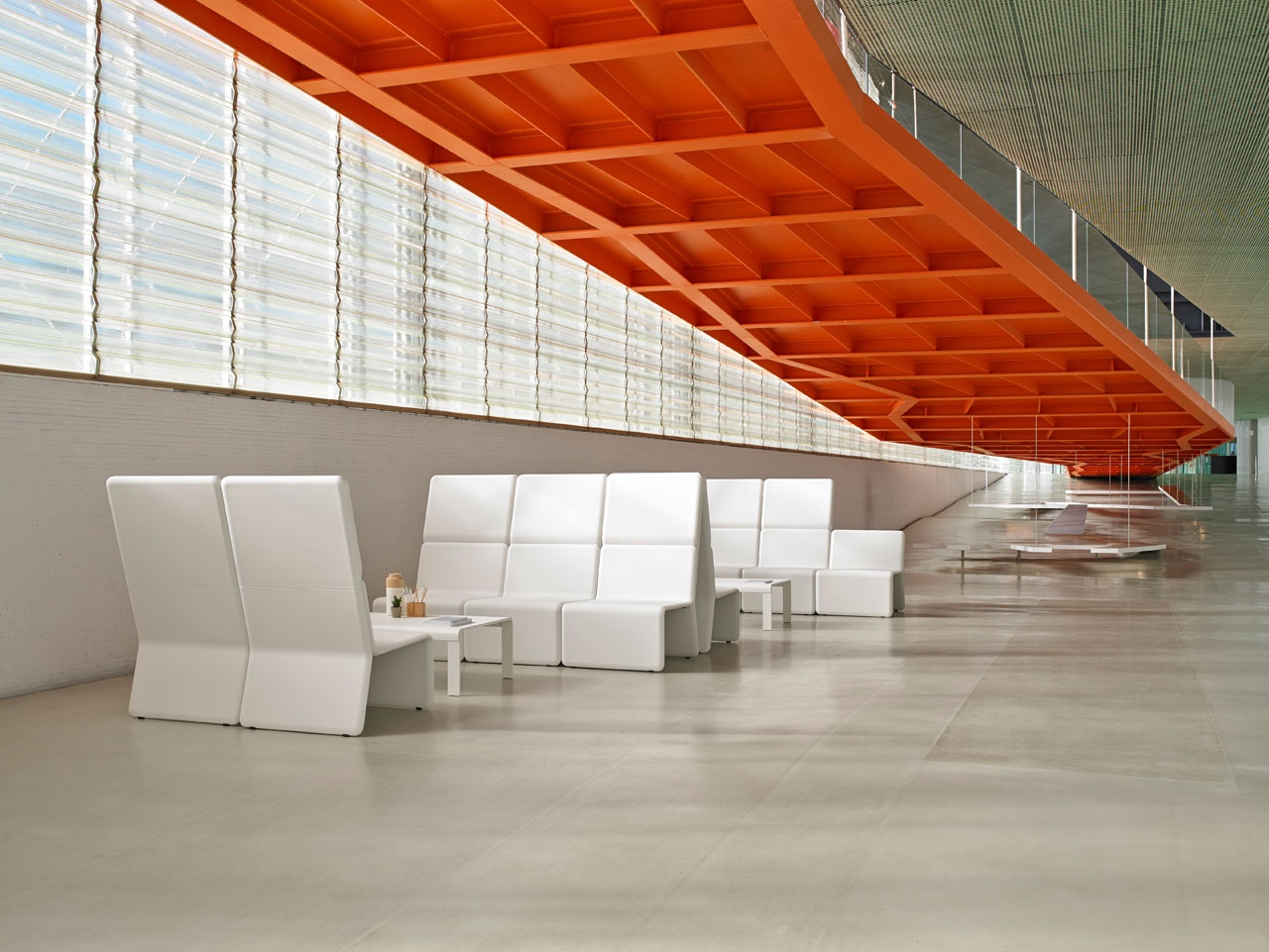 Flexible Shey modular seating.