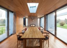 Sliding glass doors turn indoor dining room into a breey, outdoorsy space when needed