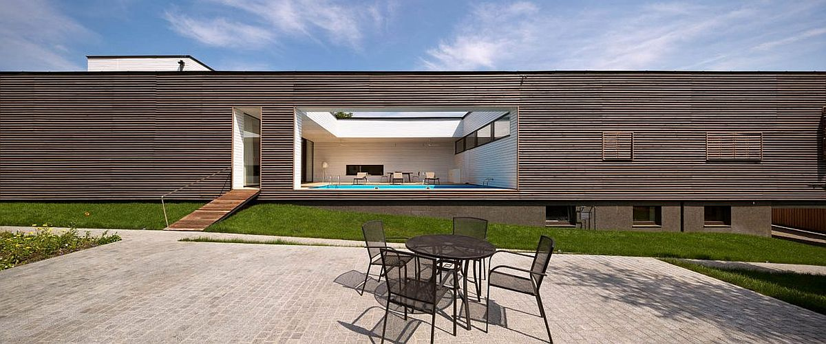 Semi Open Deck And Terrace Promote Outdoor Living At Ark In Kharkiv