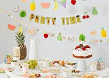 Tropical party table