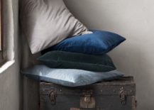 Velvety cushion covers from H&M Home