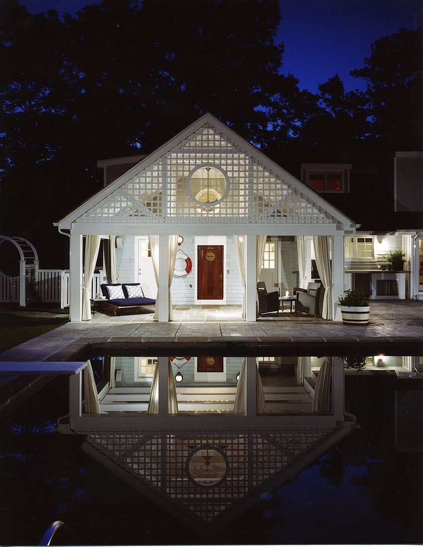 Beach style pool house in white [Design: Barnes Vanze Architects / Photography: Anice Hoachlander from Hoachlander Davis Photography]
