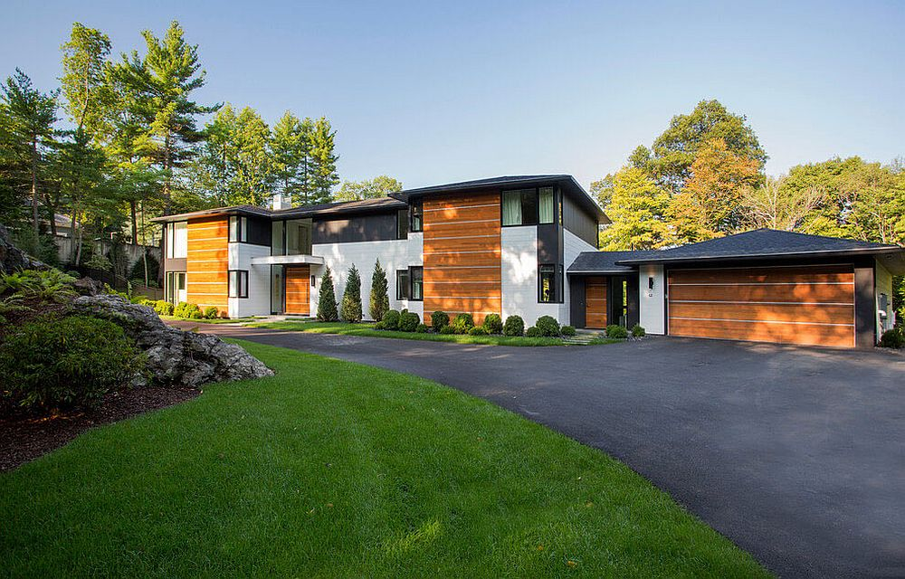 Contemporary residence on a sloped lot in Weston, Massachusetts