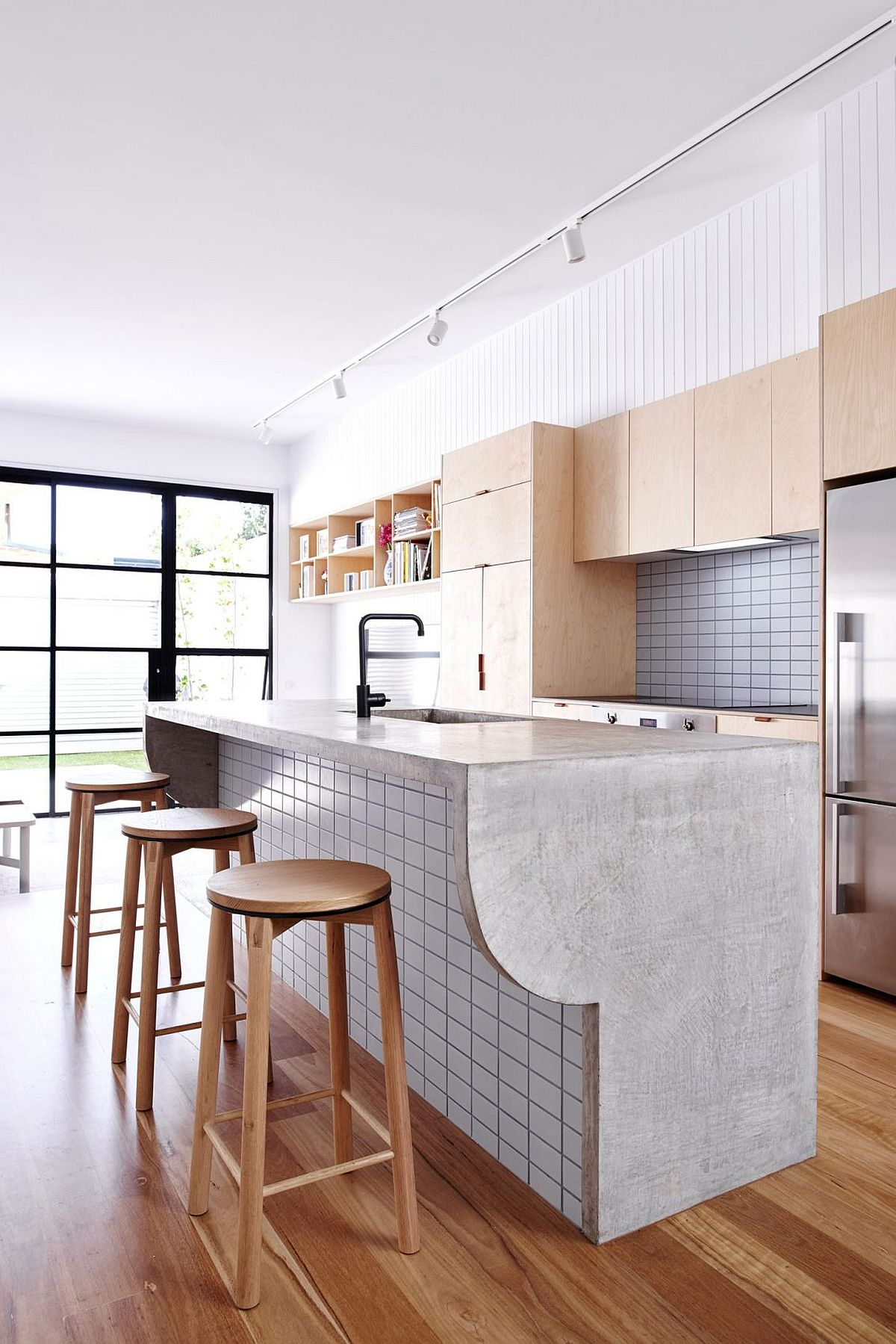 Custom kitchen island and breakfast bar design