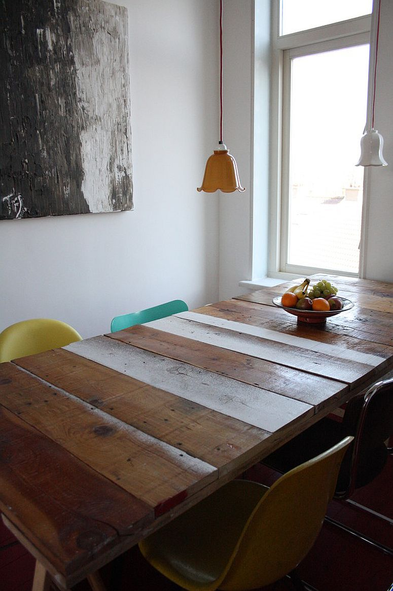 table made from reclaimed wood for the modern coastal dining room