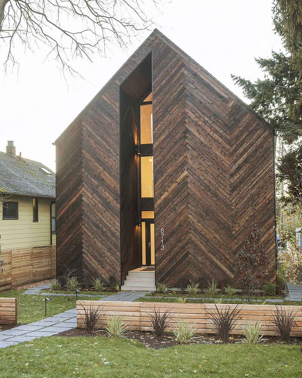Energy efficient passive home in Seattle Energy Efficient Design at its Inspired Best: Passive House for Greener Lives!