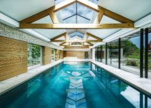From Fun Parties to Rejuvenating Solitude: Awesome Pool House Does ...