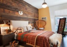 Fabulous-bedroom-with-rustic-and-shabby-chic-styles-rolled-into-one-217x155